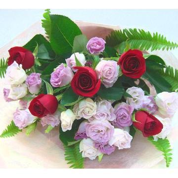 <フジテレビフラワーネット> ★赤薔薇メインの花束★開店祝い・結婚記念日・誕生日・送別にも・・大阪市阿倍野区からお届けします。画像