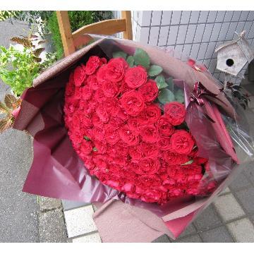 <フジテレビフラワーネット> ROSERAIE (ロズレ) 100本の赤いバラ