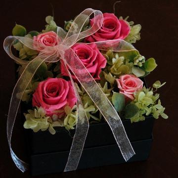 <フジテレビフラワーネット> ふんわりリボンのBOX【ピンク】画像