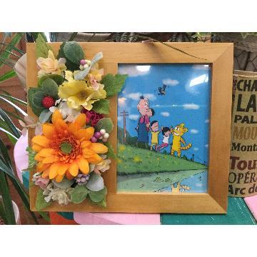 <フジテレビフラワーネット> オリジナルイラストと造花のフレーム