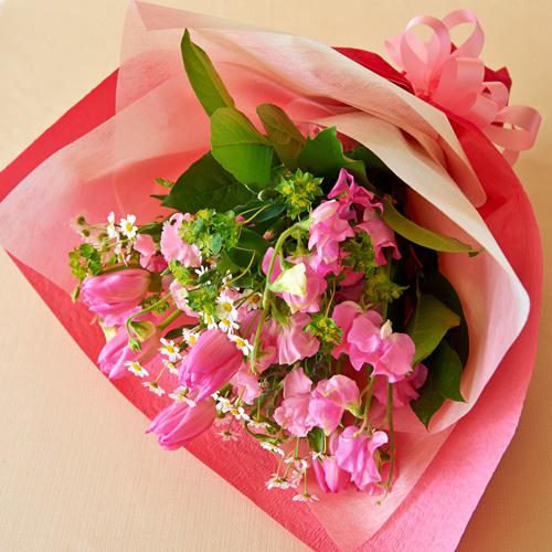 <フジテレビフラワーネット> チューリップとスイトピーの幸せを運ぶ花束
