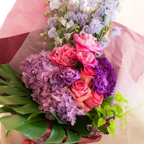<フジテレビフラワーネット> 芍薬とアジサイの花束画像